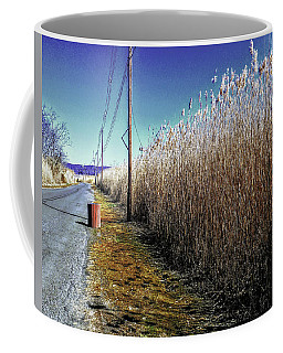 Hudson River Winter Walk Coffee Mug