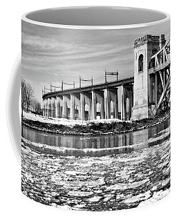 Ice Flows On The East River Coffee Mug
