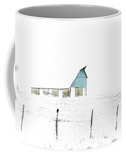 Kansas Blue Barn In Frozen Fog Coffee Mug