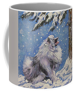 Keeshond In Wnter Coffee Mug