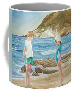 Kids Collecting Marine Shells Coffee Mug