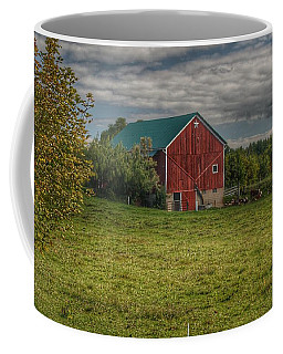0039 - Kingston's Plain Road Cow Barn I Coffee Mug