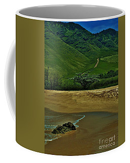 Kula'ili'i Beach Coffee Mug by Craig Wood