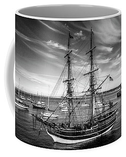 Lady Washington In Black And White Coffee Mug