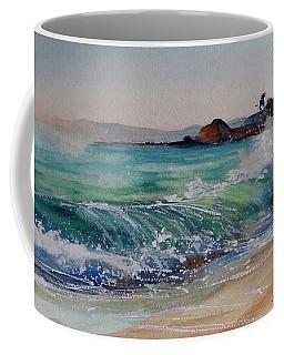 Coffee Mug featuring the painting Laguna Beach North View by Sandra Strohschein