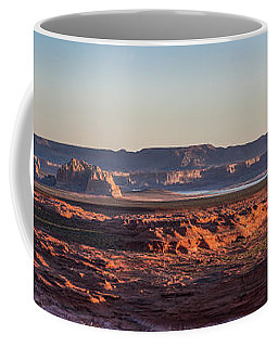 Lake Powell Sunrise Panorma Coffee Mug