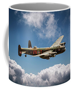 Lancaster Pa474 Vn-t Coffee Mug by Gary Eason