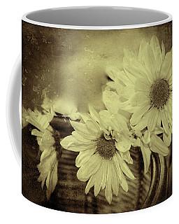 Coffee Mug featuring the digital art Lazy Daisy by Bonnie Willis