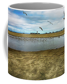 Lb Seagull Pond Coffee Mug by Joseph Hollingsworth