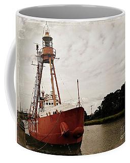Lightship Nantucket Wlv-613 At Wareham Coffee Mug