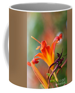 Lilly Flowers Coffee Mug