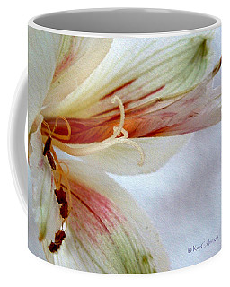 Lily With Texture Coffee Mug