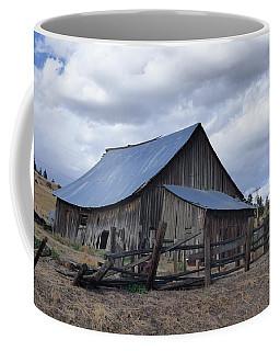 Lincoln County Barn Coffee Mug