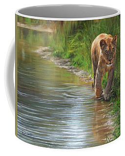 Lioness. Water's Edge Coffee Mug by David Stribbling