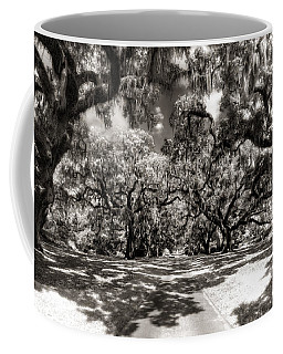 Live Oak Allee Infrared Coffee Mug