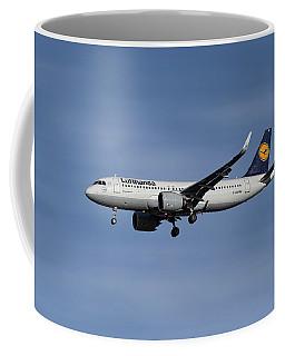 Lufthansa Airbus A320-271n Coffee Mug