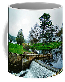 Maine House  Coffee Mug