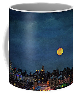 Coffee Mug featuring the photograph Manhattan Moonrise by Chris Lord