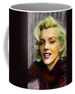 Marilyn Monroe Coffee Mug by Caito Junqueira