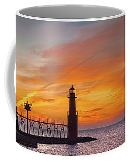 Coffee Mug featuring the photograph Mine Eyes Have Seen The Glory by Bill Pevlor