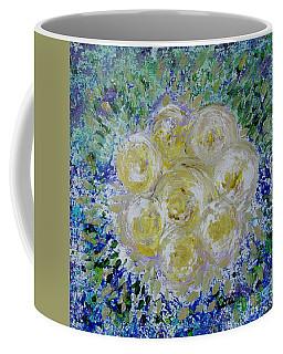 Min's White Bouquet Coffee Mug