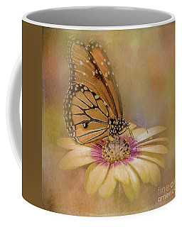 Monarch On A Daisy Mum Coffee Mug