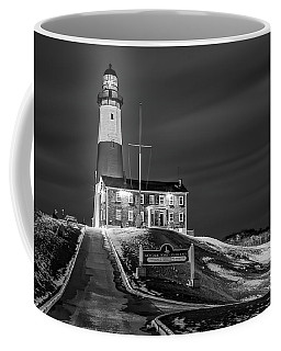 Coffee Mug featuring the photograph Montauk Point Lighthouse Bw by Susan Candelario