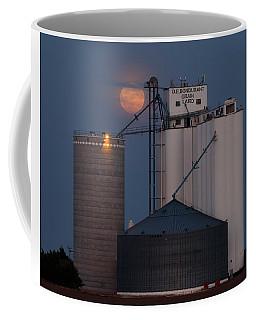 Moonrise At Laird -01 Coffee Mug