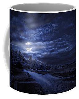 Moonrise Over Pymatuning Lake Coffee Mug