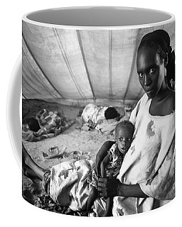Mother And Her Starving Child In A Tuberculosis Tent, African Di Coffee Mug