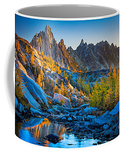 Mountainous Paradise Coffee Mug