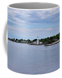 New London Harbor Lighthouse Coffee Mug