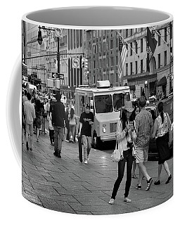 Coffee Mug featuring the photograph New York, New York 19 by Ron Cline