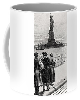New York  Welcome To The Land Of Freedom Coffee Mug