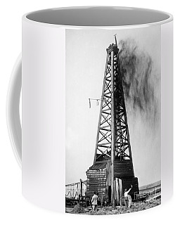 Oklahoma: Oil Well, C1922 Coffee Mug