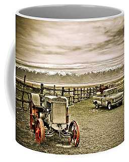 Old Case Tractor Coffee Mug