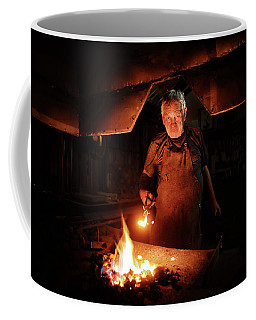 Old-fashioned Blacksmith Heating Iron Coffee Mug