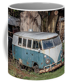 Old Vw Hippy Bus In Vermont Coffee Mug