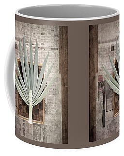 Coffee Mug featuring the photograph Onion by Linda Lees