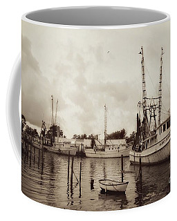 Coffee Mug featuring the photograph Oriental Harbor by Benanne Stiens