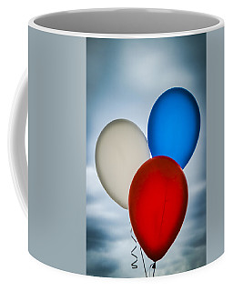 Coffee Mug featuring the photograph Patriotic Balloons by Carolyn Marshall
