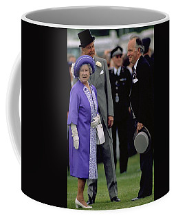 Photograph - Queen Elizabeth The Queen Mother by Travel Pics
