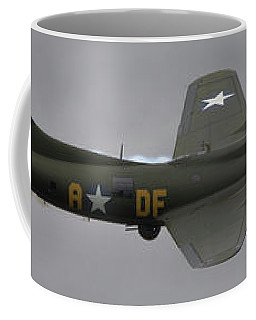 Raf Scampton 2017 - B-17 Flying Fortress Sally B Smoke Coffee Mug