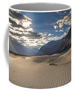 Rays On Dunes Coffee Mug