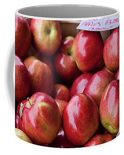Red Apples Coffee Mug