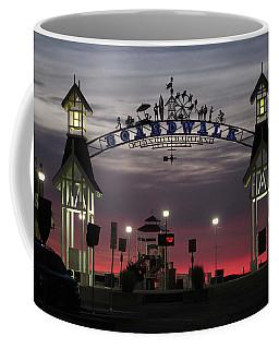 Red Horizon Thru The Boardwalk Arch Coffee Mug