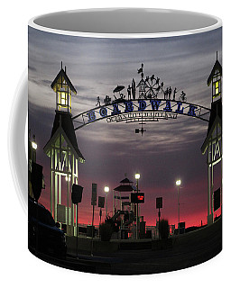 Red Horizon Thru The Boardwalk Arch Coffee Mug