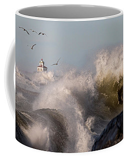 Coffee Mug featuring the photograph Rise Above The Turbulence by Everet Regal