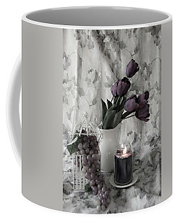 Coffee Mug featuring the photograph Romantic Thoughts by Sherry Hallemeier
