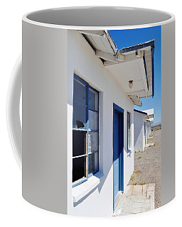 Roy's Motel And Cafe Auto Court Coffee Mug by Kyle Hanson